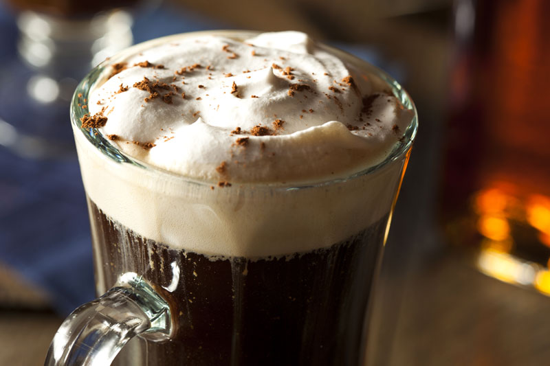Preparazione Irish Coffee